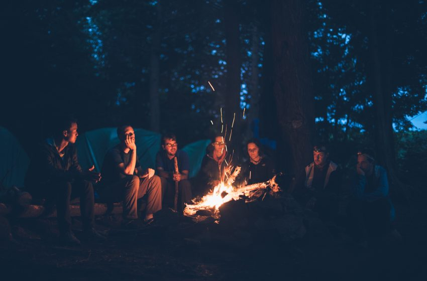 Campfire Goes Terribly Wrong When No One Knows How to Play Wonderwall on Guitar