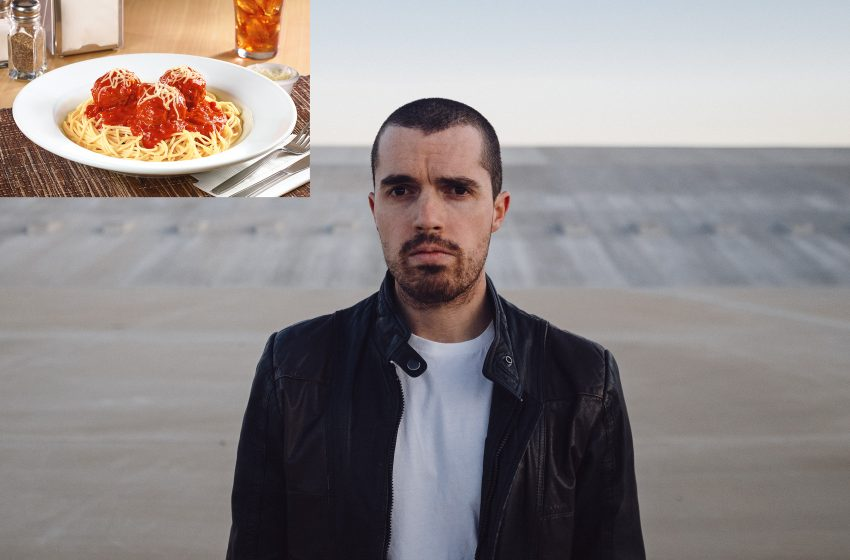 'I Have Nothing to Lose Anymore' Says Hopeless Man While Ordering Spaghetti From Dennys
