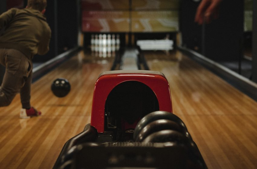 Opinion: Anyone Who Posts On Facebook About Their Bowling Score Should Be Executed