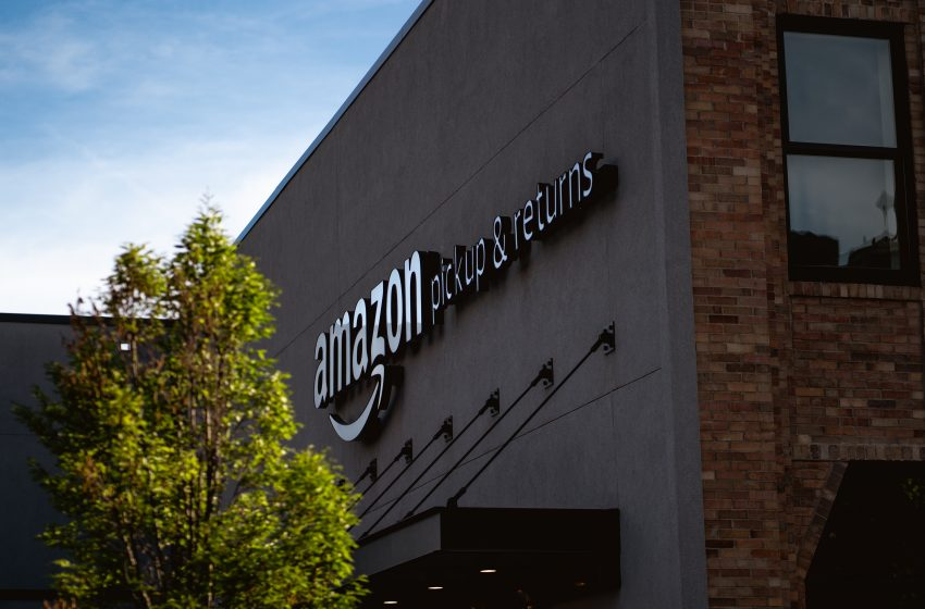 Amazon Promises to Help Its Workers Fill-Out Food Stamp Applications, Showing The Company's Dedication to the Middle Class