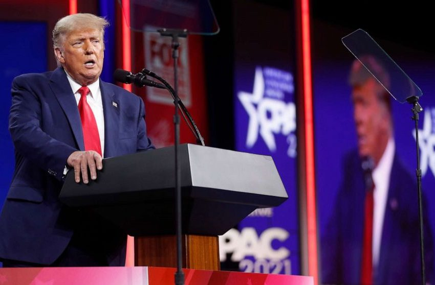 All CPAC Attendees Get Down on Their Hands and Knees, Praising Trump as a God During His Speech