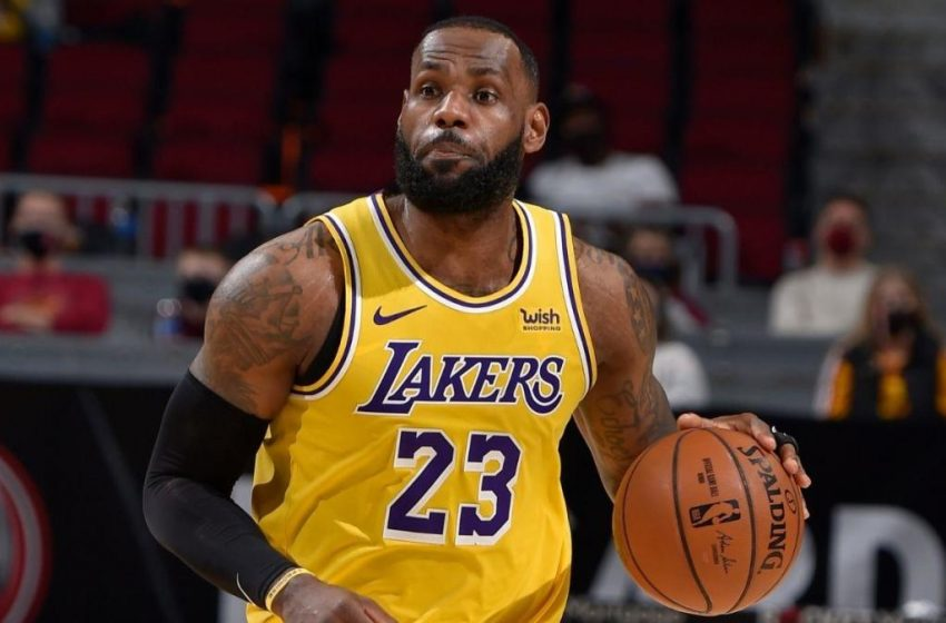 'I Hate LeBron James and He Sucks' Says Guy Who Can't Give Any Reason Why Even Though LeBron is One of the Greatest Players in NBA History and a Decent Dude