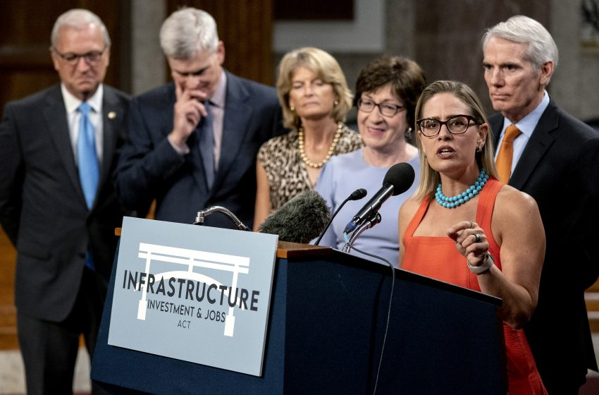 Republicans Come to Agreement With New Infrastructure Bill, 'We Have Agreed to Build 4 New Sidewalks'
