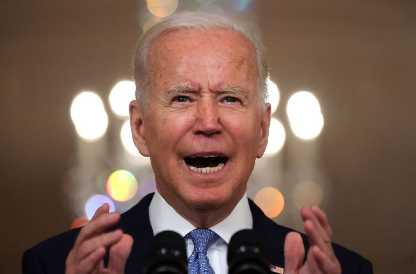 'How Dare Biden Sign More Vaccine Mandates' Says Guy Who Already Has the Vaccine and Should Shut the Fuck Up